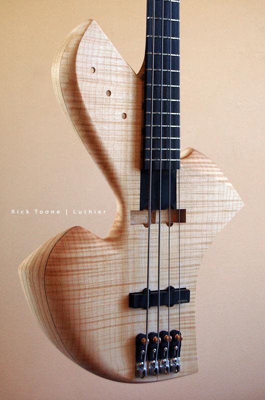 Bass-Body