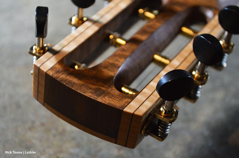 Skele Guitar