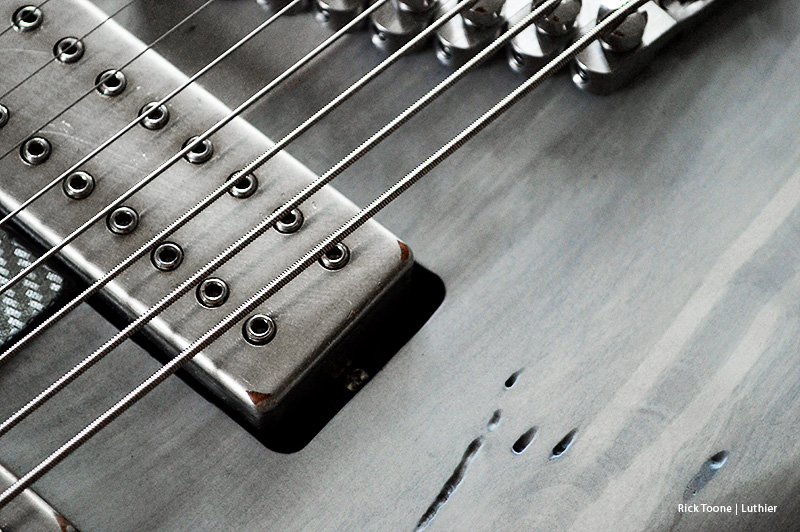 DiMarzio-Eight-String-Pickup