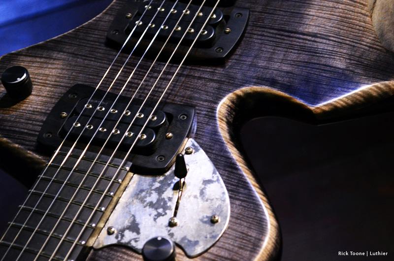 Dove Guitar