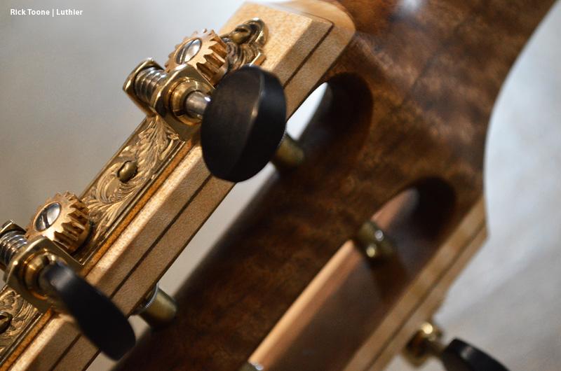 Waverly-Guitar-Tuners